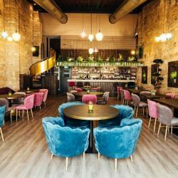 Stretto Cafe Lounge Bar